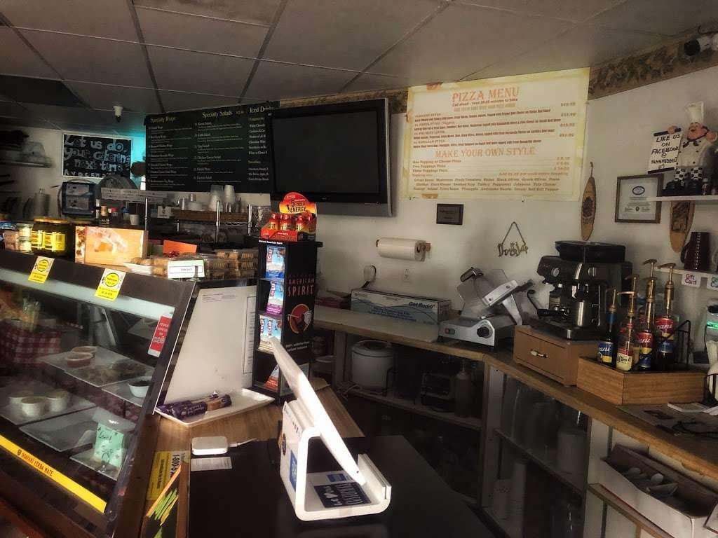 Sams Mediterranean Cafe & Deli - store  | Photo 8 of 10 | Address: 2000, 613 Martin Ave #111, Rohnert Park, CA 94928, USA | Phone: (707) 584-0220