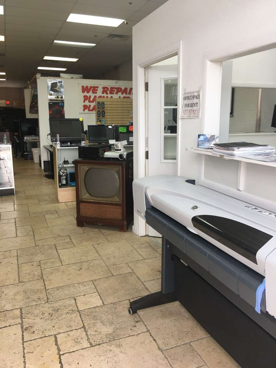 PC & TV Repairs - home goods store  | Photo 6 of 10 | Address: 7101 E Colonial Dr suite131, Orlando, FL 32807, USA | Phone: (407) 381-9851