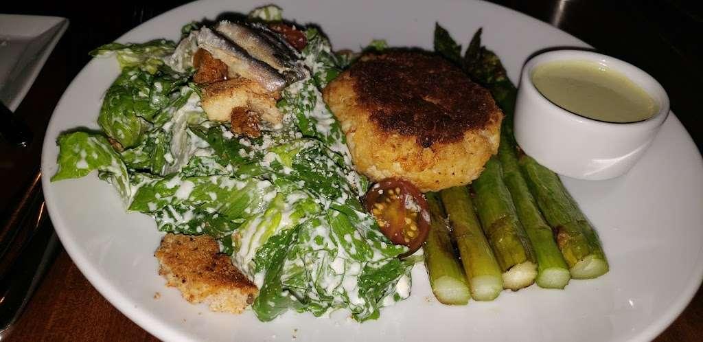 Vu - restaurant  | Photo 2 of 10 | Address: 2 Exchange Pl, Jersey City, NJ 07302, USA | Phone: (201) 469-4650