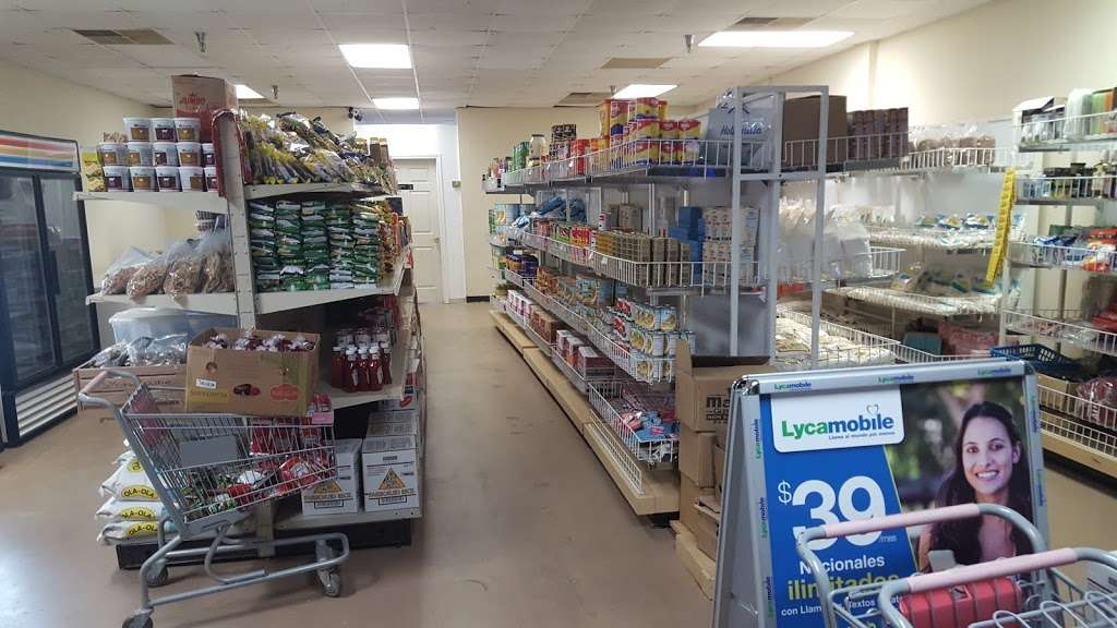 GMF Enterprises African Groceries - store  | Photo 6 of 10 | Address: 1712 N Frazier St Ste 106, Conroe, TX 77301, USA | Phone: (312) 622-4151