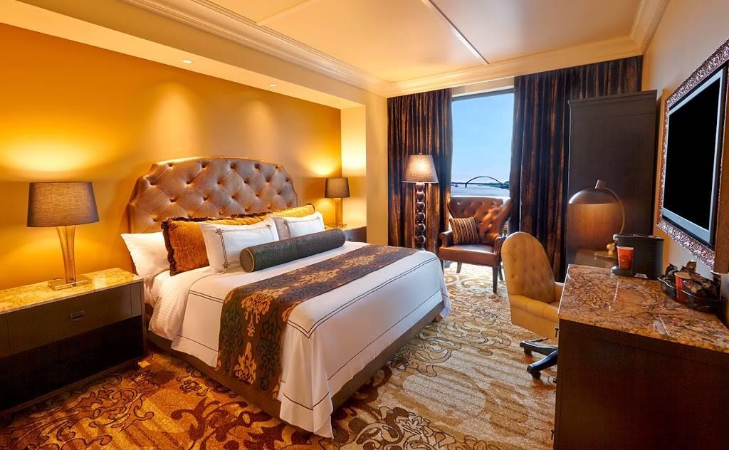 River City Casino & Hotel - lodging  | Photo 2 of 10 | Address: 777 River City Casino Blvd, St. Louis, MO 63125, USA | Phone: (314) 388-7777