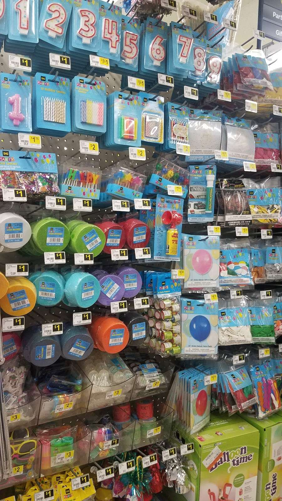 Dollar General - home goods store  | Photo 3 of 10 | Address: 5358 Farm to Market 1960 Road East # 374, Humble, TX 77346, USA | Phone: (281) 812-2117