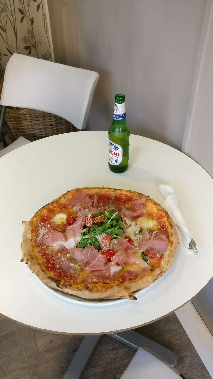 Da Moreno Pizzeria - meal takeaway  | Photo 9 of 10 | Address: 190 Northfield Ave, London W13 9SJ, UK | Phone: 020 8579 8905