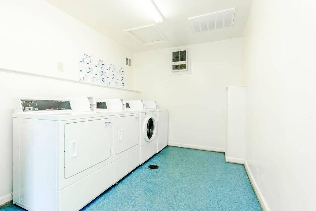 Edgefield Apartments - real estate agency  | Photo 6 of 9 | Address: 5699 Craneybrook Ln, Portsmouth, VA 23703, USA | Phone: (757) 379-8332