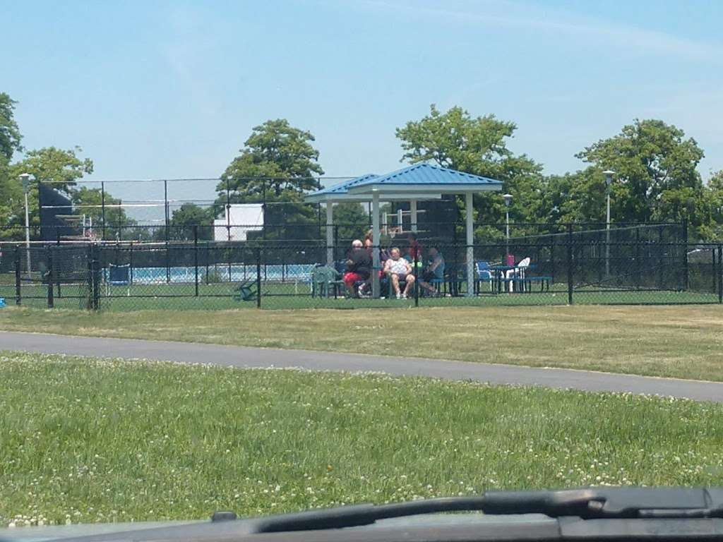 Wantagh Park Dog Run | 1 King Rd, Wantagh, NY 11793, USA