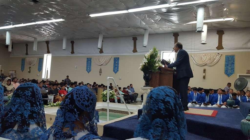 Iglesia La Luz Del Mundo - church  | Photo 9 of 10 | Address: 9645 Parkton Rd, Charlotte, NC 28215, USA