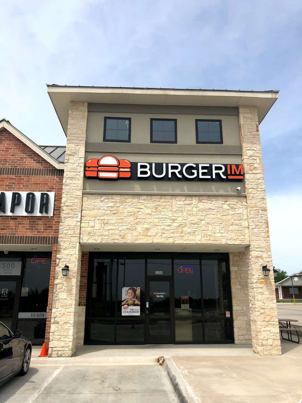 BurgerIM - Closed Temporarily - meal delivery  | Photo 2 of 10 | Address: 771 W Round Grove Rd, Lewisville, TX 75067, USA | Phone: (214) 513-0040