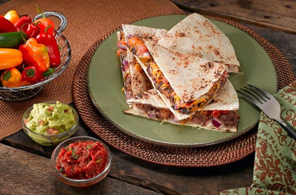 Salsaritas Fresh Mexican Grill - restaurant  | Photo 10 of 10 | Address: 120 Summit Park Dr #600, Salisbury, NC 28146, USA | Phone: (704) 870-3037