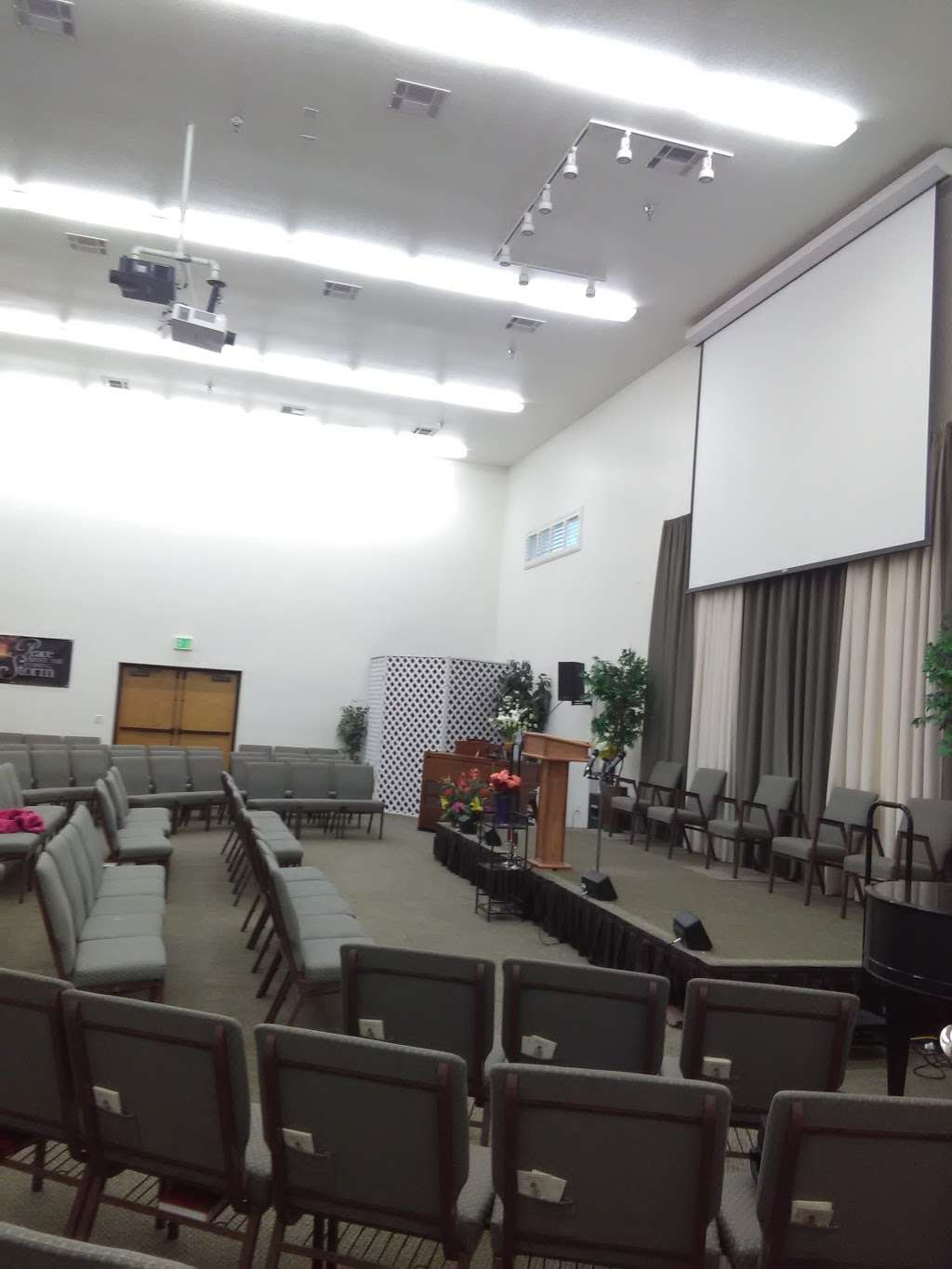 San Marcos Seventh-day Adventist Church - church  | Photo 6 of 7 | Address: 363 Woodland Pkwy, San Marcos, CA 92069, USA | Phone: (760) 744-9777