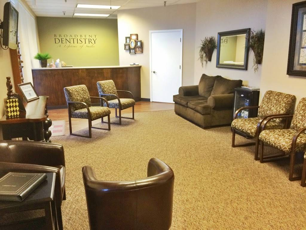 Broadbent Dentistry - dentist  | Photo 3 of 8 | Address: 1058 N Higley Rd #212, Mesa, AZ 85205, USA | Phone: (480) 924-8633