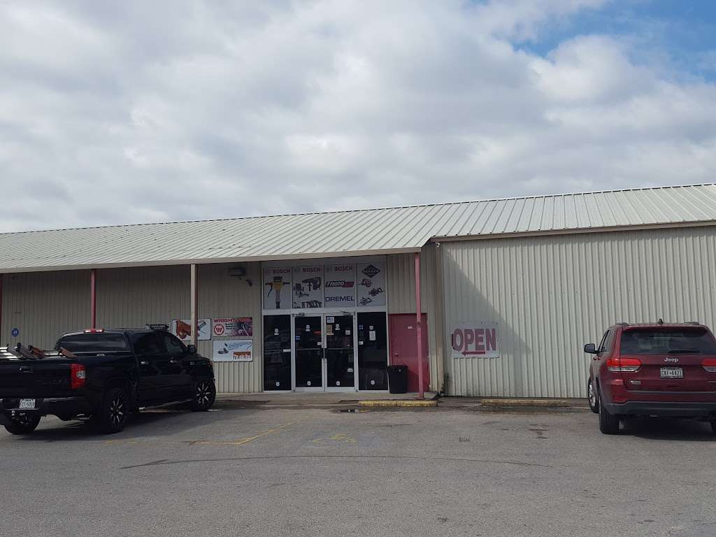 Tommy Tools - store  | Photo 1 of 10 | Address: 9006 Airport Blvd, Houston, TX 77061, USA | Phone: (713) 943-3527