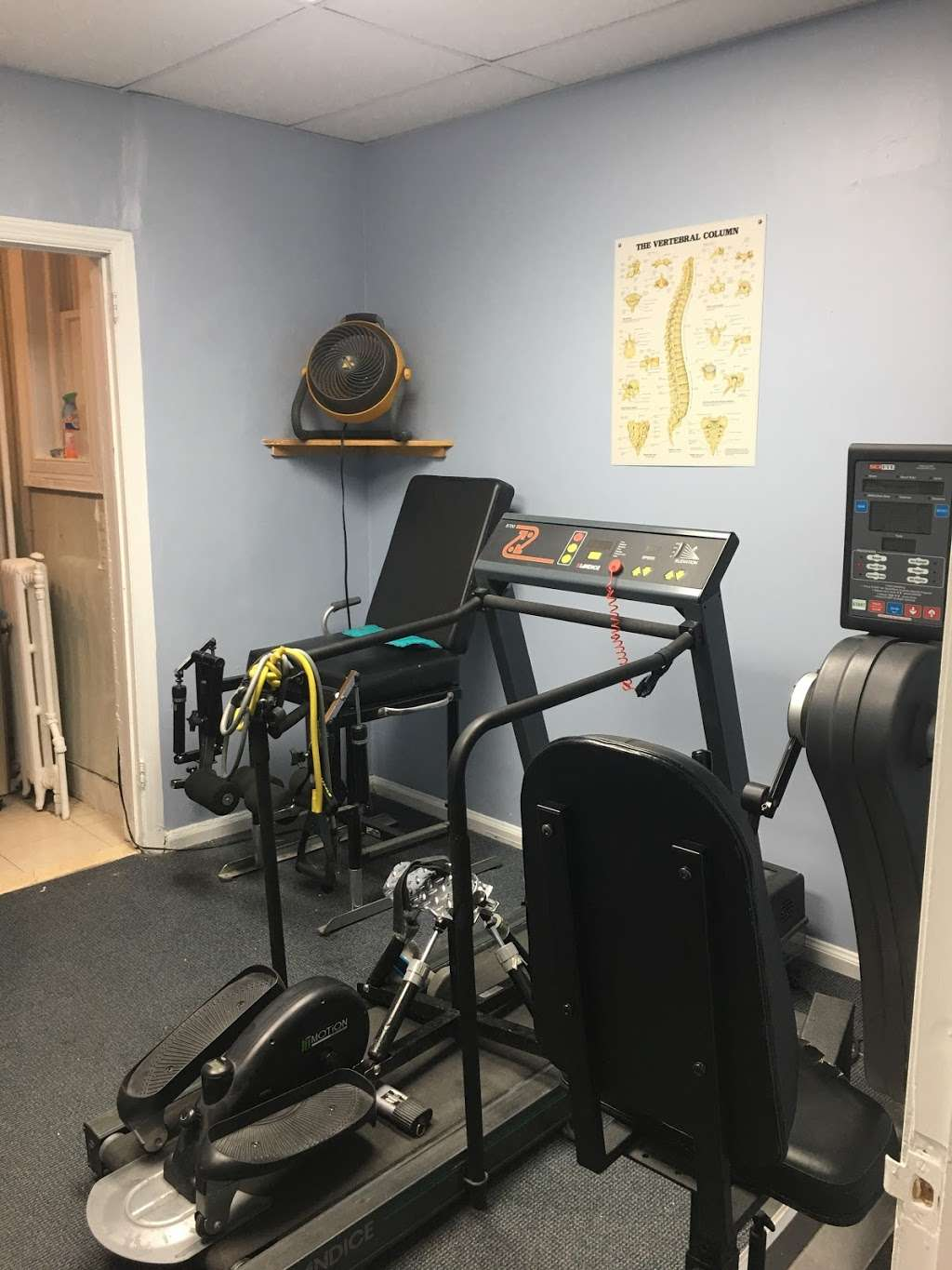 Advanced Physical Therapy - physiotherapist  | Photo 5 of 10 | Address: 6642 Forest Ave, Ridgewood, NY 11385, USA | Phone: (718) 821-4216