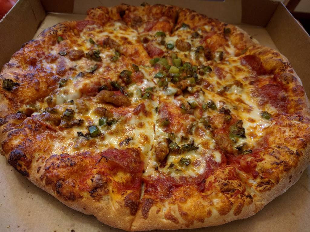 $5 Pizza - meal takeaway  | Photo 2 of 10 | Address: 1158 Southview Blvd, South St Paul, MN 55075, USA | Phone: (651) 493-4136