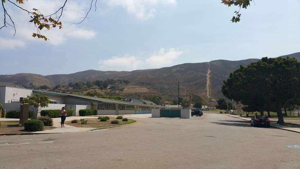 De Anza DATA Middle School - school  | Photo 7 of 8 | Address: 2060 Cameron St, Ventura, CA 93001, USA | Phone: (805) 641-5165