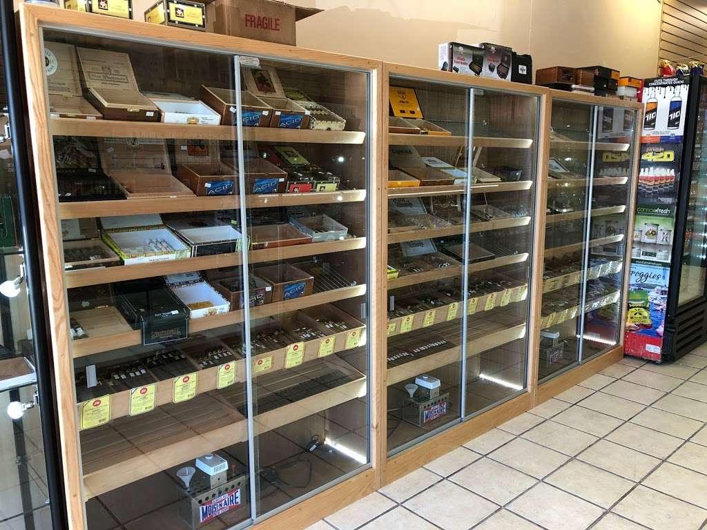 PuffCity Rockaway - store  | Photo 8 of 10 | Address: 337 US-46, Rockaway, NJ 07866, USA | Phone: (973) 784-4757