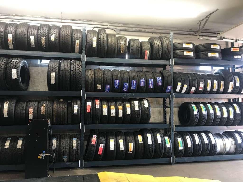 Americas tires shop - car repair  | Photo 3 of 10 | Address: 62 NJ-35, Keyport, NJ 07735, USA | Phone: (732) 497-0590