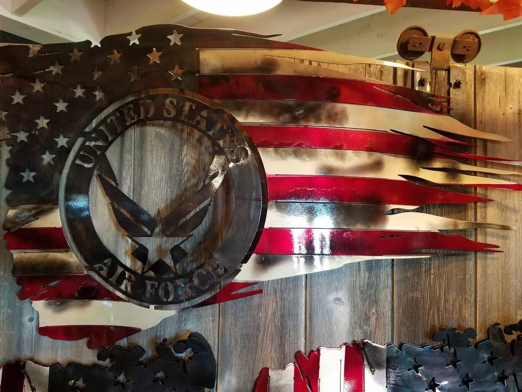 Country Mercantile - store  | Photo 2 of 6 | Address: 3217 OH-300, Gibsonburg, OH 43431, USA | Phone: (419) 287-7038