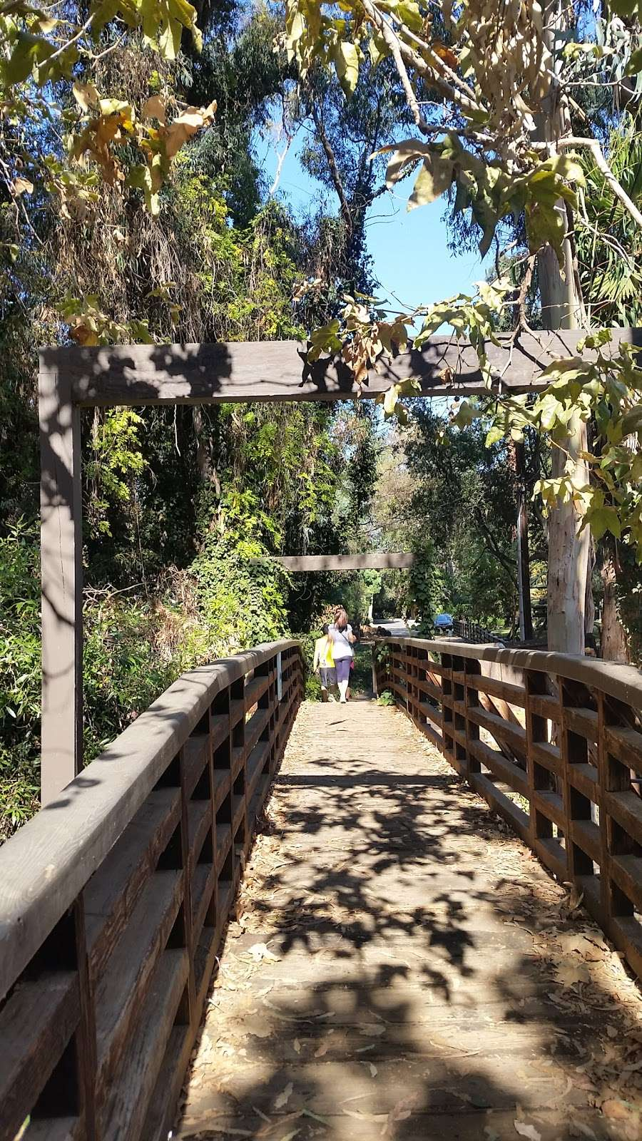 Secret bridge - park  | Photo 2 of 5 | Address: Rustic Creek Ln, Pacific Palisades, CA 90272, USA
