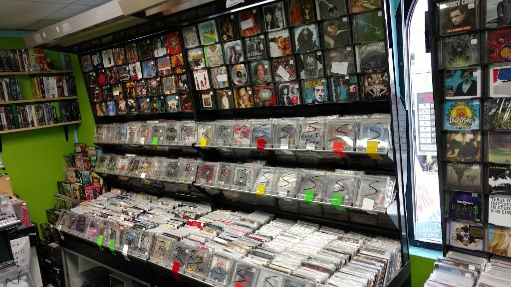 Music Matters Record Store - movie rental  | Photo 3 of 5 | Address: 527 Cayuga Dr, Niagara Falls, NY 14304, USA | Phone: (716) 371-8454