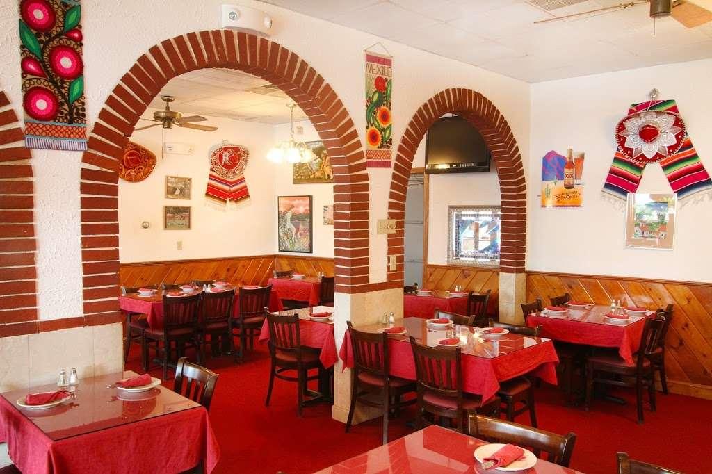 Acapulco Restaurant - restaurant  | Photo 1 of 10 | Address: 464 Centre St, Jamaica Plain, MA 02130, USA | Phone: (617) 524-4328