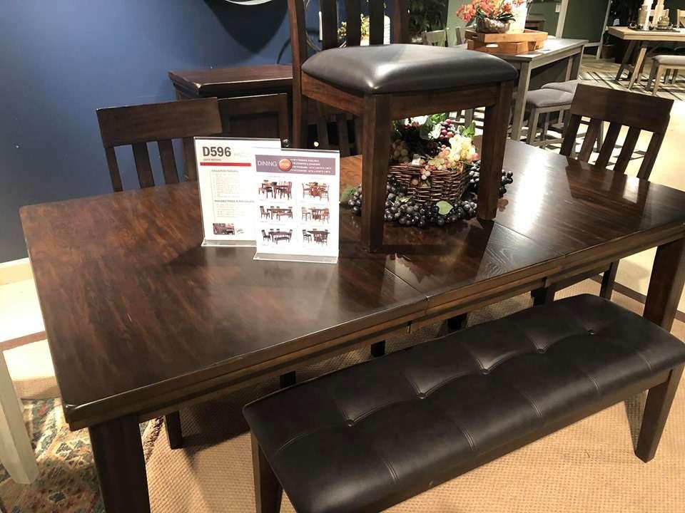 Curlys Furniture - furniture store    Photo 2 of 10   Address: 1901 E Lincoln Hwy #3996, DeKalb, IL 60115, USA   Phone: (815) 517-1334