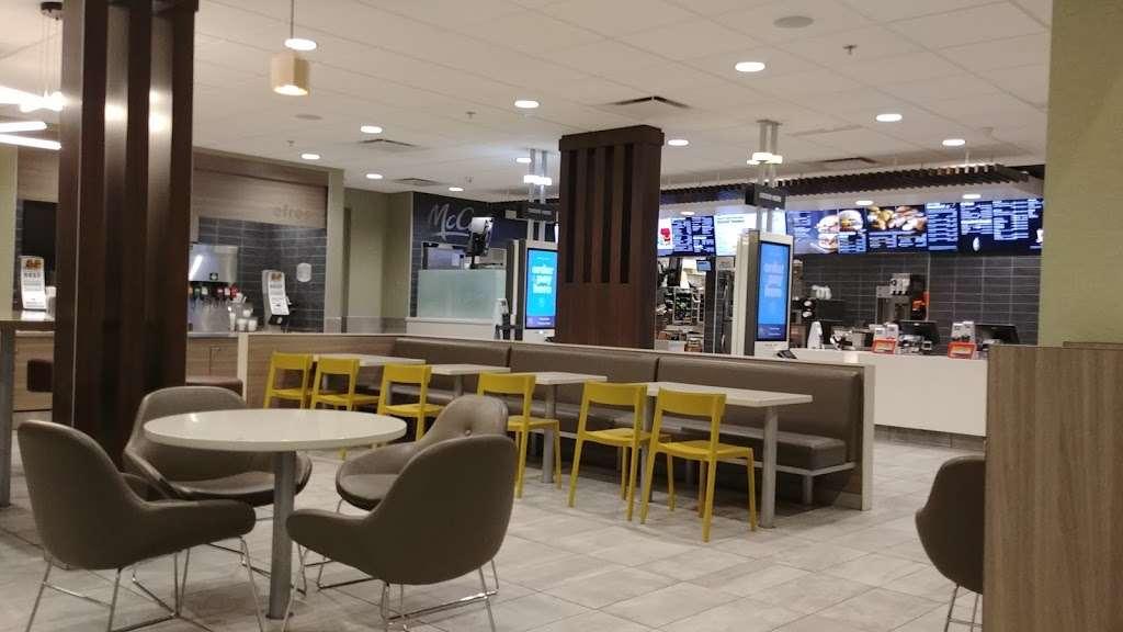McDonalds - cafe  | Photo 2 of 10 | Address: 2665 S Alma School Rd, Mesa, AZ 85210, USA | Phone: (480) 897-0394