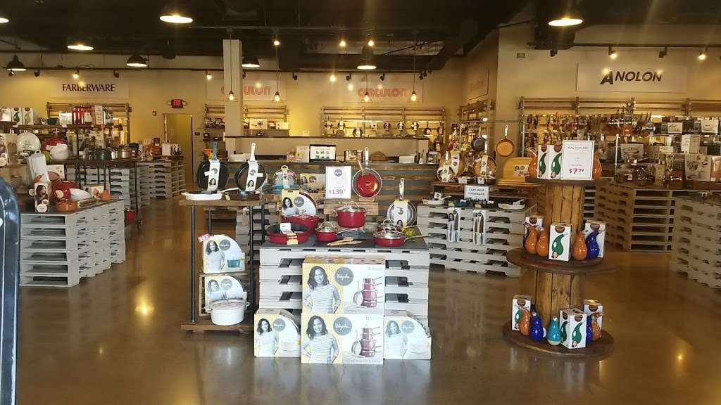 Pots & Pans Kitchenware Outlet - furniture store    Photo 3 of 6   Address: 232 Nut Tree Rd, Vacaville, CA 95687, USA   Phone: (707) 451-8695