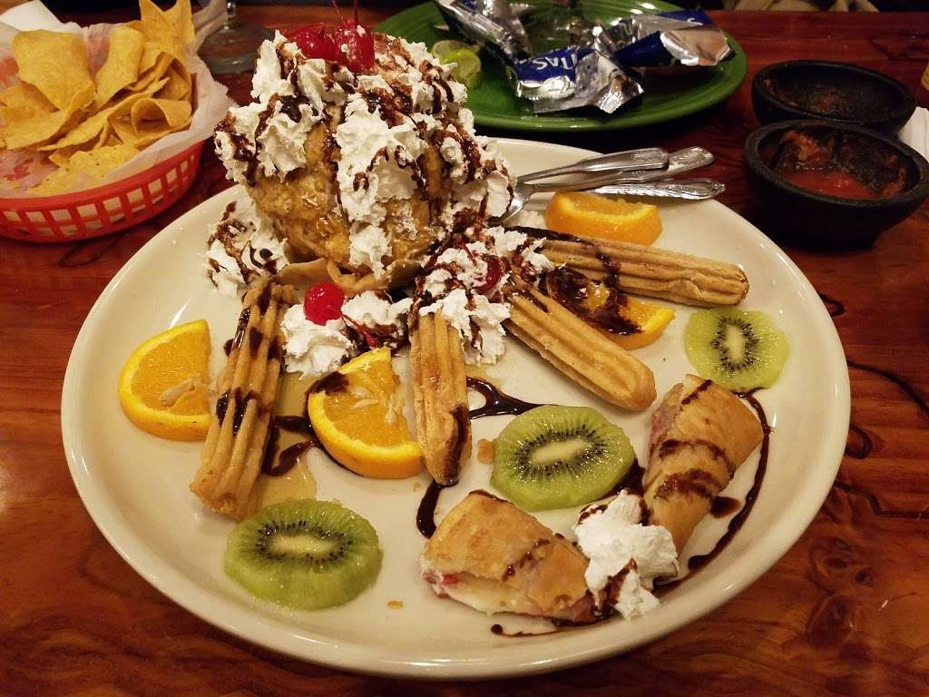 Dos Amigos Mexican Restaurant - restaurant  | Photo 2 of 10 | Address: 1222 Conover Blvd W, Conover, NC 28613, USA | Phone: (828) 466-1920