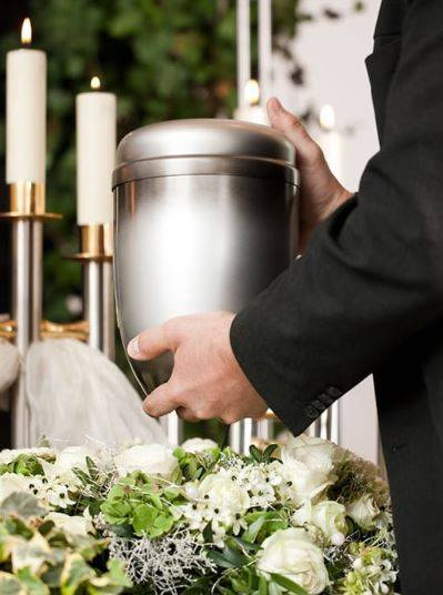 Schoedinger Funeral and Cremation Service - East - funeral home  | Photo 6 of 8 | Address: 5360 E Livingston Ave, Columbus, OH 43232, USA | Phone: (614) 861-6268