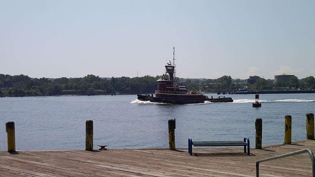 Dennis P. Collins Park - park  | Photo 5 of 10 | Address: Bayonne, NJ 07002, USA | Phone: (201) 858-6129