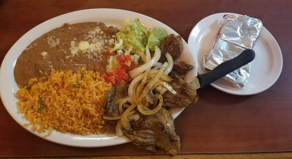 Los Panchos Mexican Food Restaurant - restaurant  | Photo 4 of 9 | Address: 445 Terry Pkwy, Terrytown, LA 70056, USA | Phone: (504) 368-0828