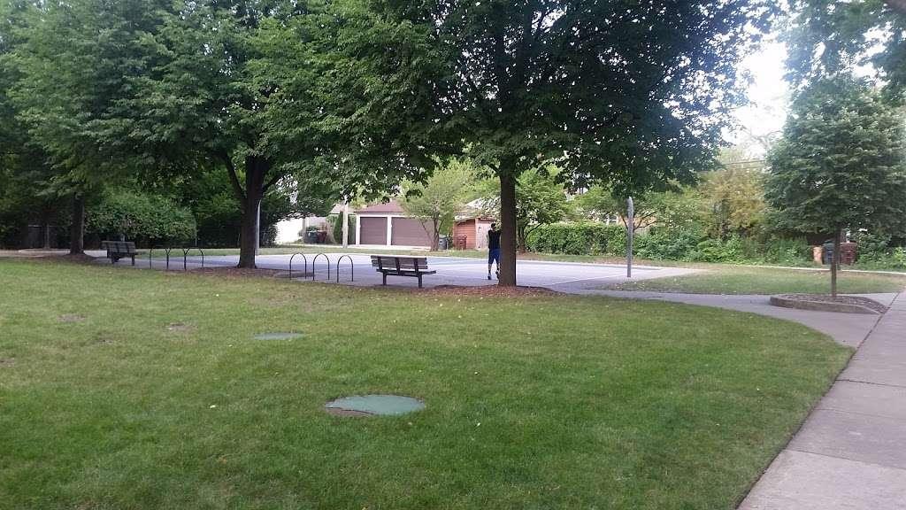 Shawnee Park - park  | Photo 2 of 10 | Address: Skokie, IL 60076, USA