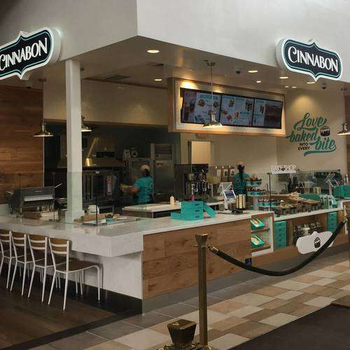 Cinnabon - bakery  | Photo 3 of 10 | Address: NJ Turnpike Mile Marker 116 E, Ridgefield, NJ 07657, USA | Phone: (201) 943-1171
