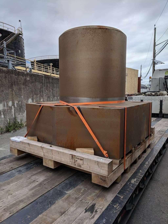 Harbor Freight Transport Corporation - moving company  | Photo 7 of 10 | Address: 301 Craneway St, Newark, NJ 07114, USA | Phone: (973) 589-6700