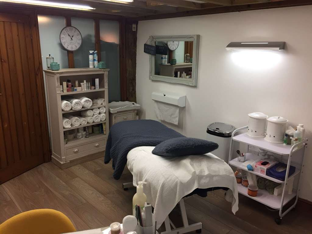 The Village Beautique - hair care  | Photo 10 of 10 | Address: Farriers House, Farriers Cl, Codicote, Hitchin SG4 8DU, UK | Phone: 07850 447654