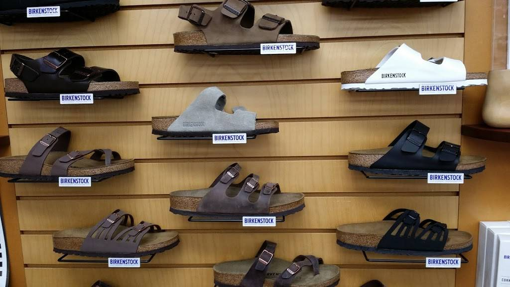 Rosendahl Foot & Shoe Center - shoe store  | Photo 8 of 9 | Address: 125 S Curtis Rd, Boise, ID 83705, USA | Phone: (208) 343-4242