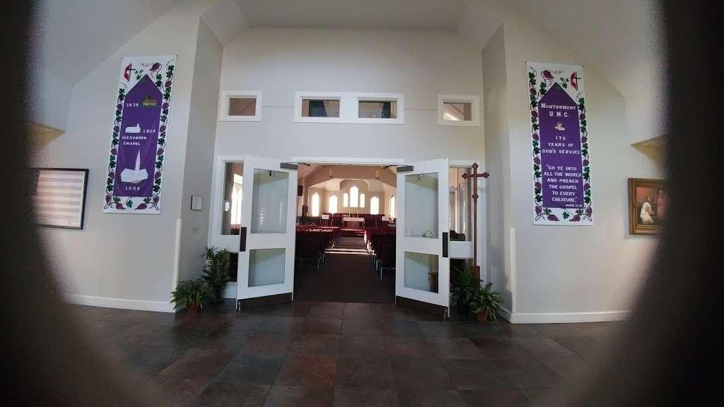Montgomery United Methodist Church - church  | Photo 10 of 10 | Address: 22548 TX-105, Montgomery, TX 77356, USA | Phone: (936) 597-6162