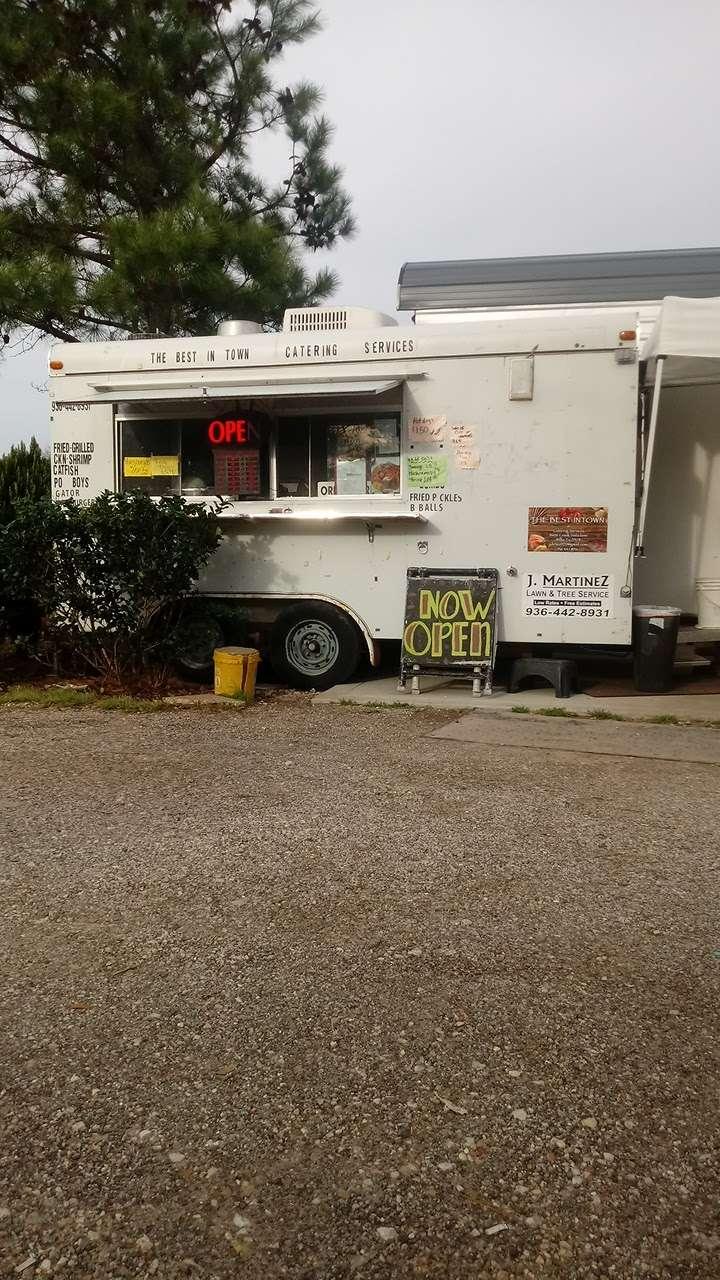 The Best In Town - restaurant  | Photo 4 of 10 | Address: 9606 Creek Vista Ln, Willis, TX 77378, USA | Phone: (936) 442-8931