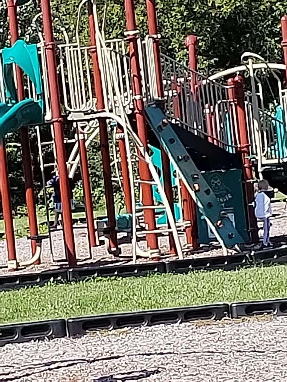 Salem Community Park - park  | Photo 4 of 10 | Address: 256th Ave, Salem, WI 53168, USA