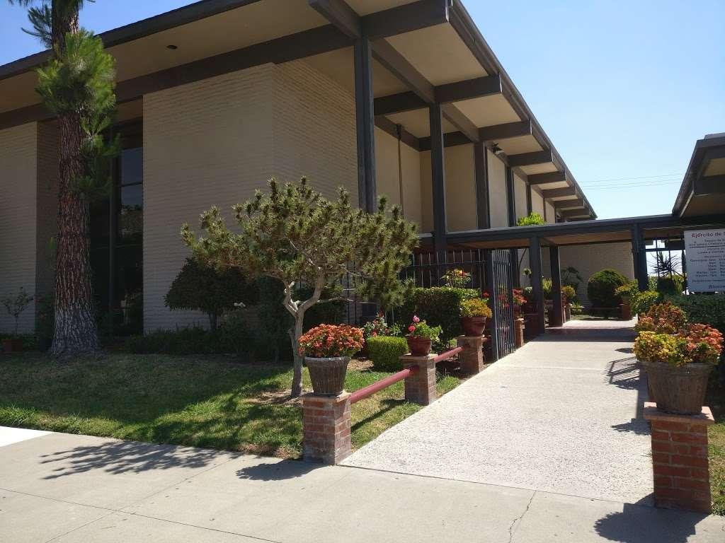 Salvation Army Church - church  | Photo 3 of 10 | Address: 1710 W Edinger Ave, Santa Ana, CA 92704, USA | Phone: (714) 545-2937