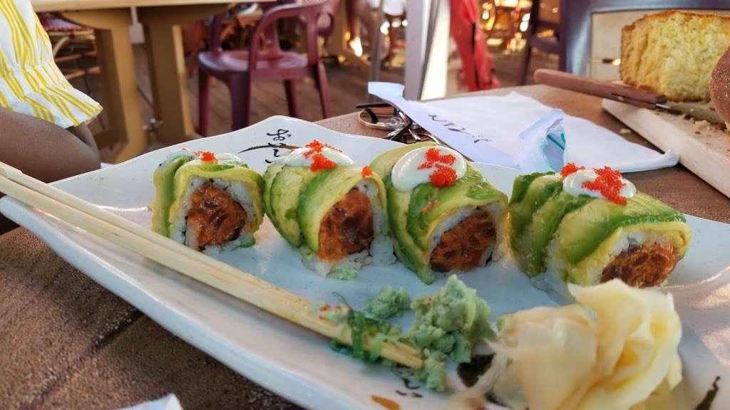 Sea Shore - restaurant    Photo 5 of 10   Address: 591 City Island Ave, Bronx, NY 10464, USA   Phone: (718) 885-0300