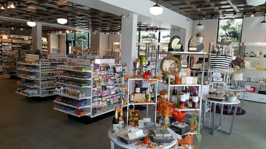 Old Pasadena Pharmacy - pharmacy  | Photo 6 of 10 | Address: 155 S De Lacey Ave #1000, Pasadena, CA 91105, USA | Phone: (626) 844-5000