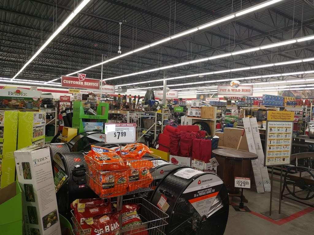 Tractor Supply Co. - hardware store  | Photo 8 of 10 | Address: 18567 Buddy Riley Blvd, Magnolia, TX 77354, USA | Phone: (281) 259-7158
