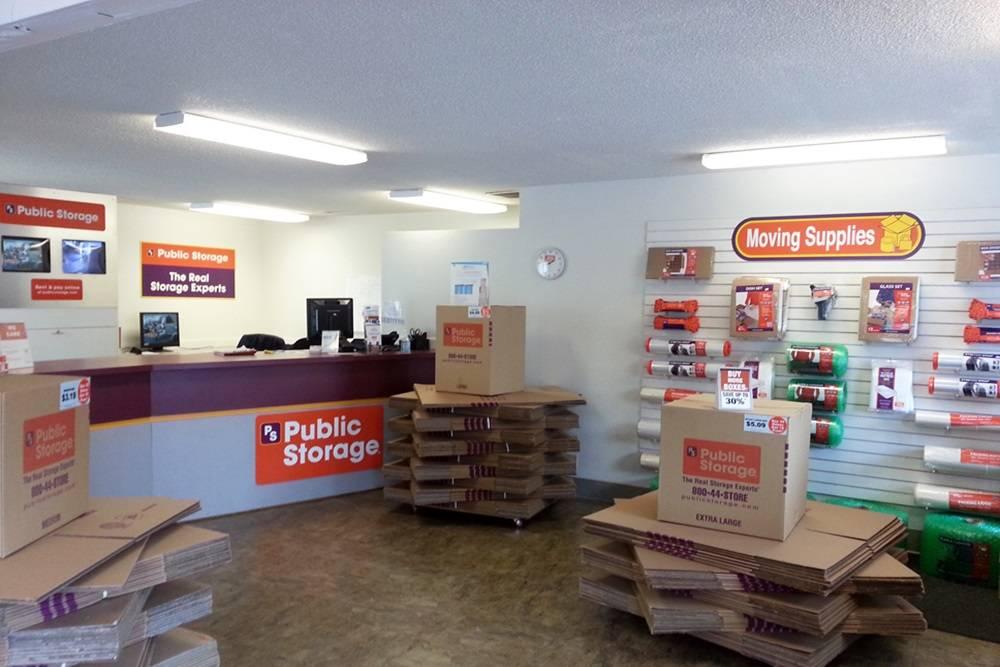 Public Storage - storage    Photo 2 of 4   Address: 1111 118th Ave SE #2, Bellevue, WA 98005, USA   Phone: (425) 214-4190