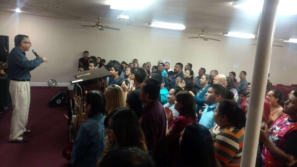 Iglesia De Dios Pentecostal - church  | Photo 3 of 3 | Address: 4922 Mangum Rd, Houston, TX 77092, USA | Phone: (713) 263-1954