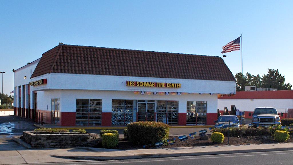 Les Schwab Tire Center - car repair  | Photo 3 of 9 | Address: 3554 E Hammer Ln, Stockton, CA 95212, USA | Phone: (209) 952-8473