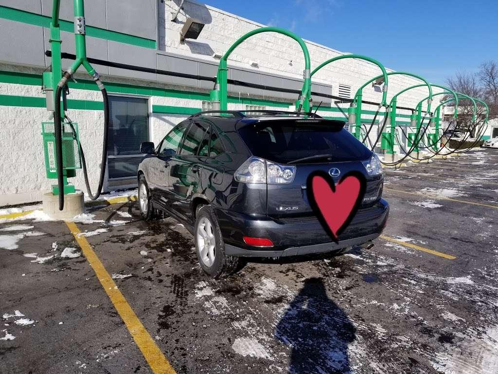 Arlington Car Wash - car wash  | Photo 2 of 5 | Address: 2031 N Rand Rd, Palatine, IL 60074, USA | Phone: (847) 485-1400