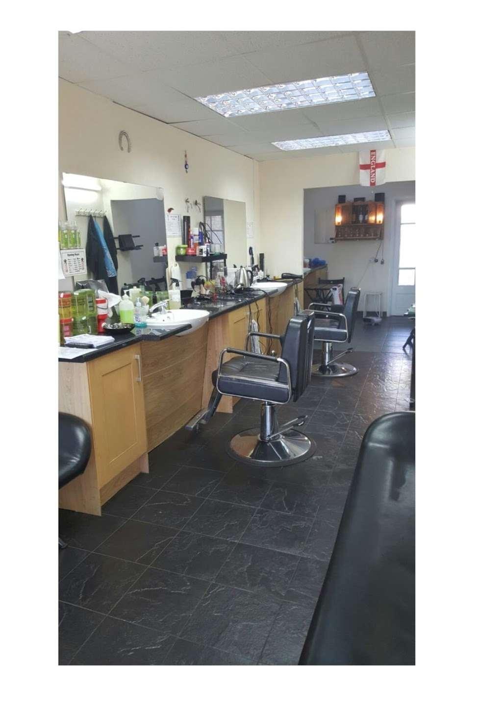 Lads & Dads Barbers (Charlies) - hair care  | Photo 1 of 2 | Address: 117 Mungo Park Rd, Rainham RM13 7PP, UK | Phone: 01708 558251