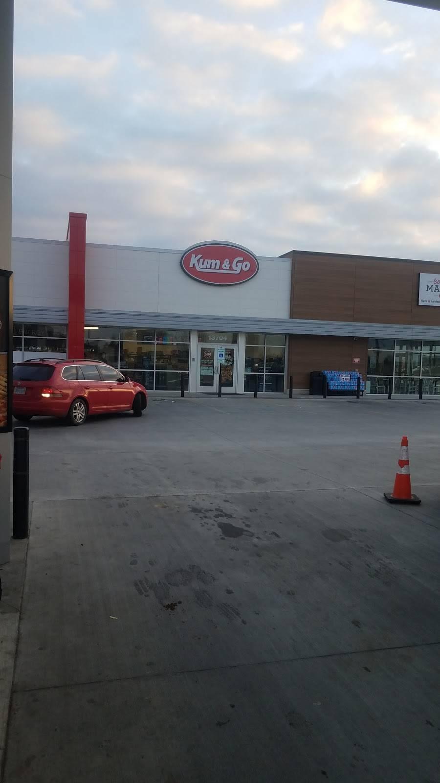 Kum & Go - convenience store  | Photo 1 of 8 | Address: 13704 E 106th St N, Owasso, OK 74055, USA | Phone: (918) 272-8661