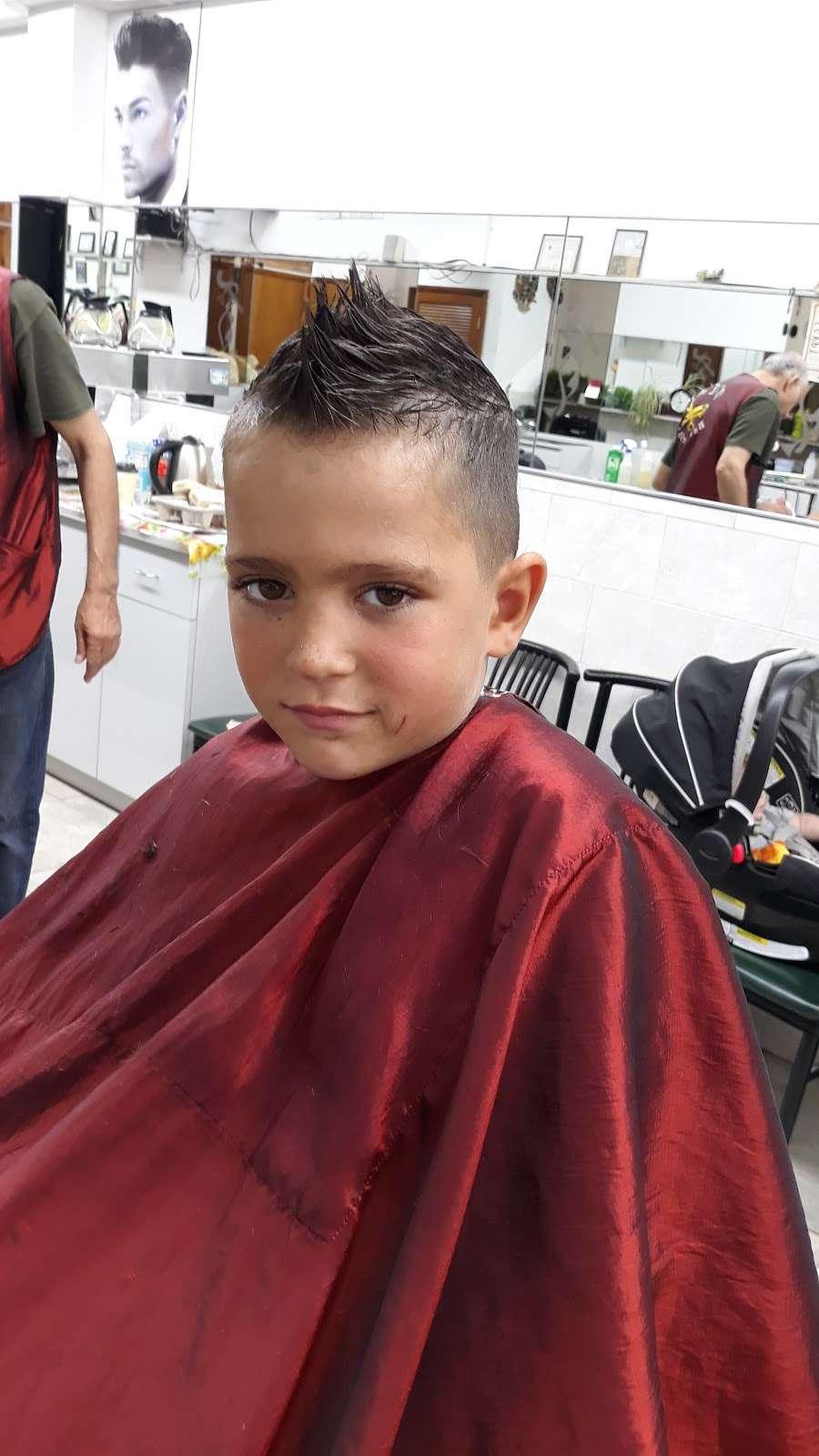 Ideal Barber Shop - hair care  | Photo 4 of 4 | Address: 25307 Union Tpke, Glen Oaks, NY 11004, USA | Phone: (718) 347-9676